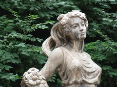 statue of a flower girl