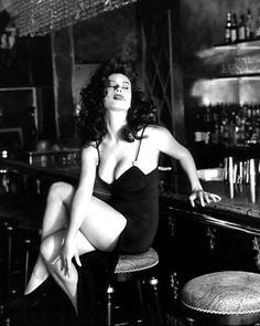Jennifer Tilly. Curves.