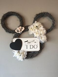 Disney Wedding Wreath #DisneyWeddingIdeas