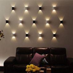 AGPtek Applique Murale 3W LED Lampe Carrée Murale pour Chambre/Escalier/Sallon/Bureau/Porche/Passerelle: Amazon.fr: Luminaires et Eclairage. AGPtek nouveau moderne lumineuse véranda avec Super Bright LED, aluminium, 3 watts. Durable et robuste moulé construction du boîtier en métal. Utilise seulement 3 watts de puissance élevée LED lumières, permet d'économiser sur les coûts et d'énergie. Die cast métal design de sourcil pour plus de focaliser la lumière, la direction et contrôle. 50 000…