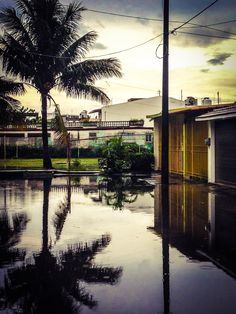 Flood and reflections in the neighbor.  Veracruz, Mexico.  Photo by: Eyesee Photographers