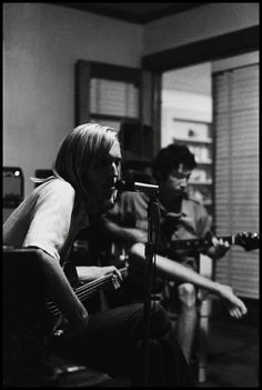 Mike Campbell and Tom Petty at Mudcrutch Farm in 1970. (Red Slater)