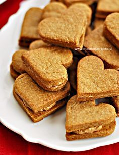 "Ciasteczka ""Kawowe całuski"" Cake Recipes, Dessert Recipes, Sweet Little Things, Bread Cake, Foods With Gluten, Christmas Baking, Food Videos, Good Food, Tasty"