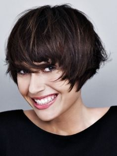 Easy to Style Short Haircuts for Fall - Add a glamor boost to your look with these easy to style short haircuts for fall. Unlock the power of a smashing crop that suits your personality and face shape. Micro-cuts have a moment this season, think big when selecting an on-trend hairdo.