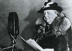 Koningin Wilhelmina, koningin in de tijd van de oorlog. ze stuurde Erik Hazelhoff terug naar Nederland voor missies tegen de duitsers