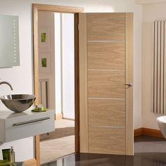 Bespoke Portici Oak Fire Door, Aluminium Inlay - 1/2 Hour Fire Rated - Prefinished.    #flusdoor #moderndoor #bespokefiredoor #madetoorderdoor #moderninteriordoor #moderninterior #decuredoor #safedoor #bespokefirerateddoor