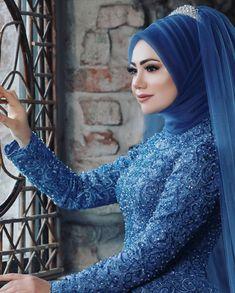 Image may contain: 1 person closeup Tesettür Makyajı Modelleri 2020 Muslim Wedding Gown, Hijabi Wedding, Wedding Hijab Styles, Muslimah Wedding Dress, Hijab Style Dress, Muslim Wedding Dresses, Muslim Brides, Dress Wedding, Muslim Girls