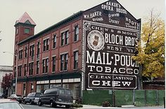 Mail Pouch Tobacco ghost sign in Dover, NJ.idea for building in train modeling Advertising Signs, Vintage Advertisements, Vintage Ads, Vintage Signs, Building Signs, Building Art, Fosse Commune, Old General Stores, Barn Art