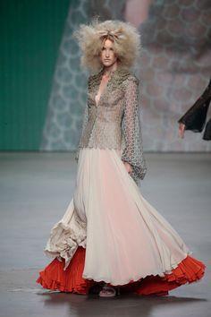 Monique Collignon Haute Couture Winter 2015 Model: Afra Holtjer