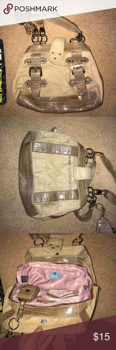 Tan bag Tan bag with multiple storage spaces Kathy Van Zeeland Bags