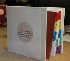 DIY: Reference binder for college organization | Now that school is in full gear, don't go throwing away all your old notes and paper work! Have you already declared your major? Well if you have, you should take the time to organize a resource binder for your future reference.