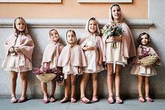 Estas preciosas niñas de arras con sus capitas, sus cestitas con flor y zapatos de terciopelo, nos tienen totalmente enamoradas. #repost @atelierlanonna Todo al rosa 🌸 #arras #niñoslanonna #atelierlanonna #boda #pajes #pajesdeboda #niñosdearras #niñasdearras #flowergirls #flowergirl #pajes2019 #arras2019 #bodas2019 #weddings2019 Dream Wedding, Wedding Day, Bridesmaid Dresses, Wedding Dresses, Get Up, Clothes, Weddings, Fashion, Kids Fashion