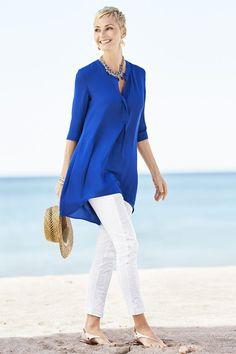 MODA DE CHICO´S PARA ESTA PRIMAVERA VERANO 2015 Hola Chicas!!! Les tengo mas outfits de la tienda Chicos´s, me encanta la ropa de esta tienda es cómoda y elegante, les tengo una galeria de fotografias para esta temporada de primavera-verano 2015, me encanta su ropa y accesorios, ademas es ropa adecuada para mujer de 40´s y 50´s con los lucirán hermosas y listas para cualquier ocasion. http://www.chicos.com