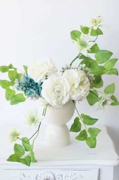 Looking for white wedding flowers? Check out this beautiful silk clematis vine, that is perfect for any spring arrangement or wildflower bouquet! White with Green Accents Tall 6 Blooms, Wide Silk Wired Stems Unique Flowers, Fake Flowers, Artificial Flowers, Silk Flowers, Beautiful Flowers, Beautiful Things, White Clematis, Clematis Flower, Clematis Vine
