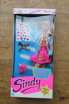 Hasbro Sindy 1990 Denim Dazzle 39+6.99