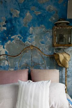 interiorsftw: For more great design inspiration,. Distressed Walls, Bedroom Decor, Wall Decor, Bedroom Wall, Ivy House, Wall Treatments, Beautiful Bedrooms, Beautiful Wall, Beautiful Places