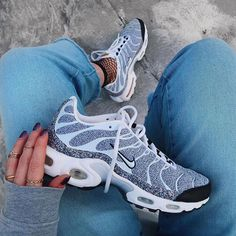 💎 Nike Air Max Plus Tn by @trixandthecity . . . #gomf #girlsonmyfeet