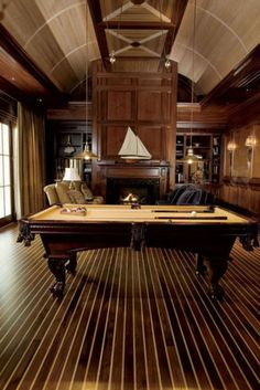 With a billiard room in the house, family time is fun and exciting. To create a classic billiard room you will need to have some ways. Billard Bar, Pool Table Room, Pool Tables, Dining Tables, Casa Loft, Cigar Room, Diy Home, Home Decor, Billiard Room