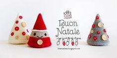Albero e folletto natalizio amigurumi. Schema gratuito!