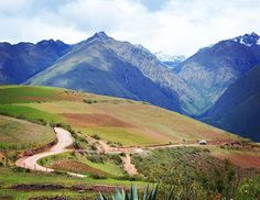 Went biking through this scenic route near the Andes region in Perú. #travelphotography #travel #travelersnotebook #travelogue #traveller #traveler #travelblogger #travelling #travelingram #traveling #viajando #peru #scenery #pictures #picturesque #neverstopexploring #world #photography #photographer #photooftheday #picoftheday #pictures #pictureoftheday #instagood #instatravel #instagram #instaday #instapassport #passionpassport #wanderlust