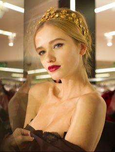 Dolce & Gabbana Fall 2013 RTW - Backstage - Fashion Week - Runway, Fashion Shows and Collections - Vogue