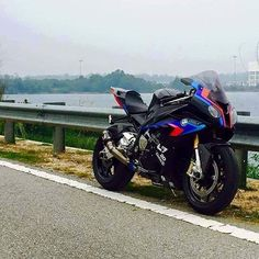What do you think? S1k #S1000RR#S1K#chairellbikes4life#BMW