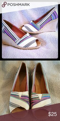 Toms Espadrille Wedge Brand new, never worn TOMS Shoes Espadrilles