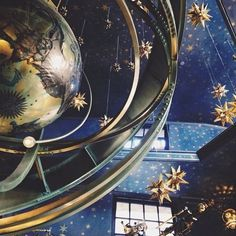 Reach for the stars and embrace a life of luxury. . . . . #luxury #luxurious #design #gifts #giftguide #bestlife #dotluxury #enjoy #tastemakers #luxurious #designer #shopping #rewardyourself #relax #luxurydesign