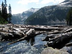 Outlet of Big Heart Lake-West Fork Foss (Necklace Valley). Photo by Quantum Guru.