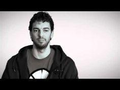 ¿Cuál es tu palabra favorita del español? El Día E 2011 - YouTube Excelente para una pista de estudios biográficos