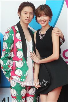"""Heechul and Puff Kuo   """"We Got Married"""" Press Conference. Didn't Heechul really mean it when he had the ceremony with only Puff on Goego?"""