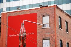 Excellent creative advertising by Coca Cola Creative Advertising, Funny Advertising, Guerrilla Advertising, Funny Ads, Marketing And Advertising, Ads Creative, Print Advertising, Advertising Campaign, Funny Signs