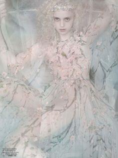 Esmeralda Seay-Reynolds by Mario Testino for Vogue Germany March 2014