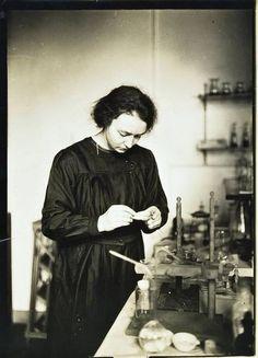 Madame Marie Sklodowska Curie, c.1910 by A. Harlingue