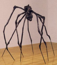 Spider (1997) Bronze (239 x 244 x 213) LOUISE BOURGEOIS