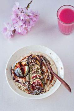 Warmer Hirseporridge mit Feigen und Dattelsirup (vegan & glutenfrei)