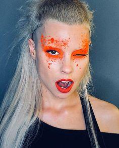 You can't say she isn't dedicated! Yet another Yolandi from Die Antwoord. Die Antwoord, Yolandi Visser, Sixteen Jones, Star Makeup, Eye Makeup, Body Shots, Makeup Tattoos, Festival Makeup, Mullets
