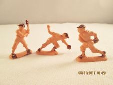 LOT OF 3 VINTAGE PLASTIC BASEBALL PLAYER TOY FIGURES