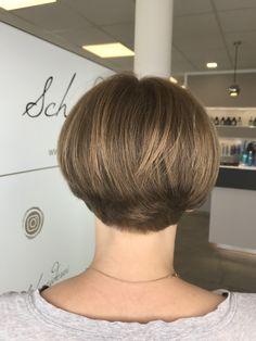 Trends, Haircuts, Diamond Earrings, Bob, Fashion, Shaving Machine, Barber Salon, Hair Stylists, Dressmaking