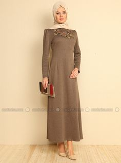 Nakışlı Elbise - Vizon - Refka