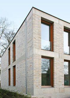 Amazing Brick Building Designs You Need See Brick Design, Facade Design, Exterior Design, Gable Roof Design, Brick Architecture, Residential Architecture, Architecture Details, Brick Detail, Arch House