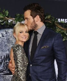 Pin for Later: 6 Reasons You Should Definitely Be Listening to Anna Faris's Podcast Chris Pratt makes regular appearances.