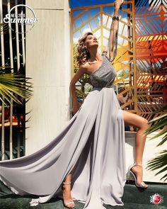 Disponibila pe www. Formal Dresses, Summer, Design, Style, Fashion, Tea Length Formal Dresses, Swag, Moda, Summer Time