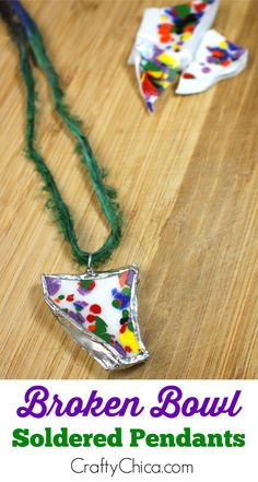 How to turn broken ceramics into fun jewelry pieces! How to turn broken ceramics into fun jewelry pieces! Dollar Store Crafts, Crafts To Sell, Diy Crafts, Homemade Crafts, Mason Jar Diy, Mason Jar Crafts, Soldering Jewelry, Soldering Iron, Soldered Pendants