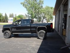 """2015 GMC 2500 with a 6"""" Zone Lift Kit.  20/9 BMF Wheels and Toyo Open Country M/T Tires Gmc 2500, Custom Wheels And Tires, Lift Kits, Truck, Country, Rural Area, Trucks, Country Music"""