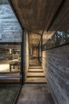 Completed by Besonias Almeida arquitectos. The Forest House is a modern concrete house which distributed in three volumes that would simplify the procedure Houses Architecture, Concrete Architecture, Modern Architecture, Cement House, Concrete Houses, Beton Design, Concrete Design, Concrete Wood, Modern House Design