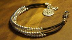 Plata pulsera de cuero con cuentas capas fe por fleurdesignz