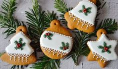 Xmas, Christmas Tree, Christmas Ornaments, Cupcake Cookies, Holidays And Events, Christmas Cookies, Gingerbread, Icing, Decoupage