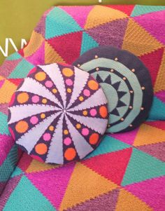 lovely inspiration. crochet pillows