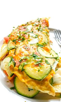 Healthy Omlet Recipes, Healthy Homemade Pizza, Weight Loss Eating Plan, Shrimp And Vegetables, Spring Recipes, Seafood Dishes, Eating Plans, Mozzarella, Good Food